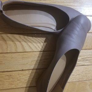 Everlane Day Glove Mocha Flats Size 9